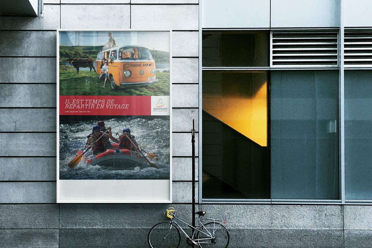 Affiche créée par Bande à part pour la promotion touristique de l'Auvergne dans le cadre des actions Auvergne nouveau monde