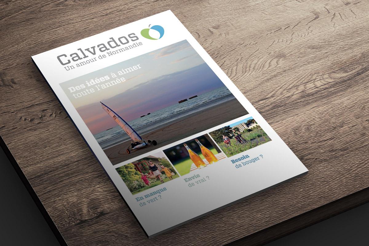 Couverture du magazine de destination créé par Bande à part pour Calvados Tourisme