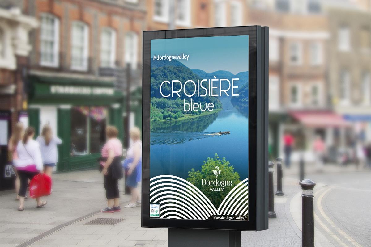 Affiche Decaux créée par Bande à part pour la vallée de la Dordogne