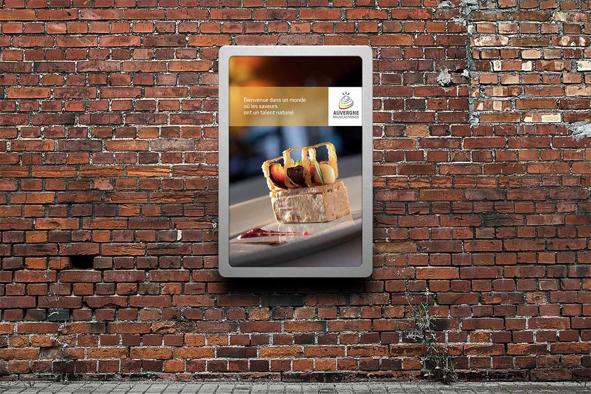 Affiche valorisant les saveurs de l'Auvergne pour Auvergne Nouveau Monde