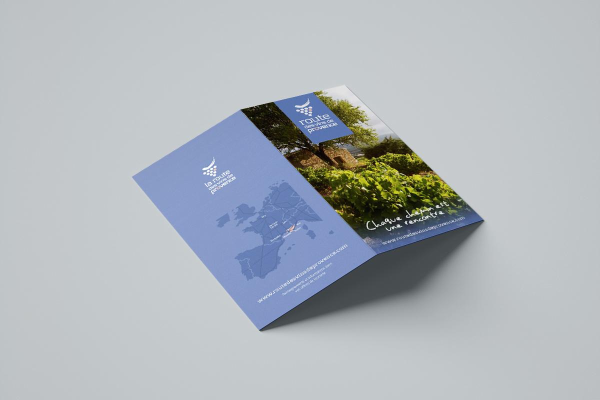 Couverture et dos de la carte Route des vins de Provence