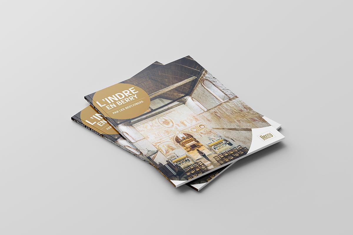 Endossement de la marque d'attractivité L'Indre en Berry dans une brochure tourisme